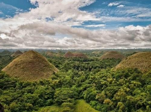 菲律宾的巧克力山